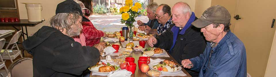 1-Diners-enjoying-their-meals-960x269